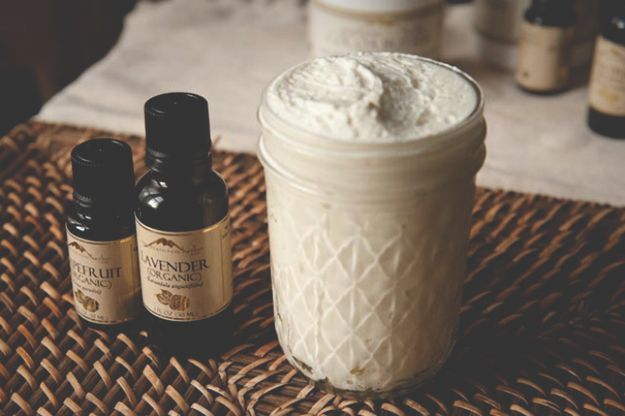 Homemade Body Lotion/Butter   A great body butter recipe to try. #DiyReady www.d...