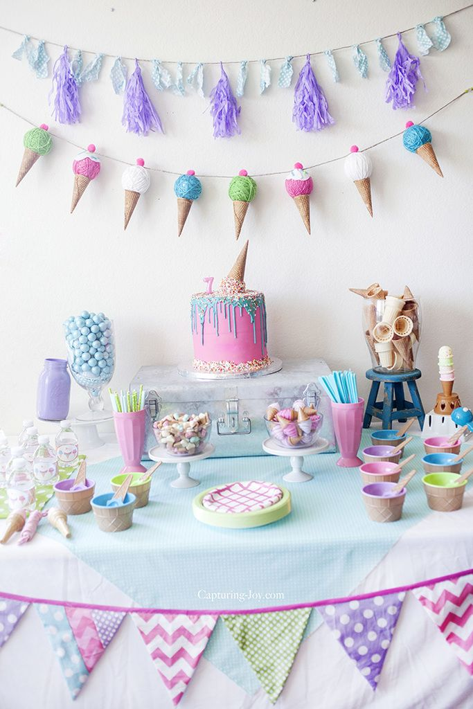 Ice Cream Party table decorations. #partyideas #partydecorations