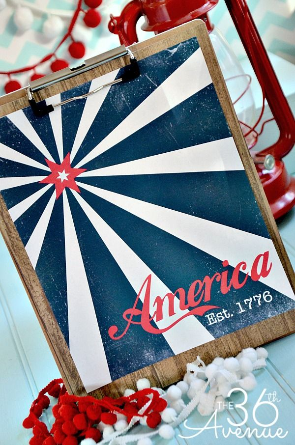 Land of the Free, Because of the Brave. Free printable 4th of July decor. www.kr...