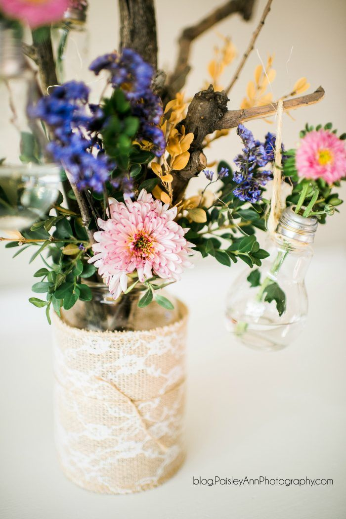 Mother's Day mason jar ideas! Lots of fun ways to gift your mom a sweet hand...