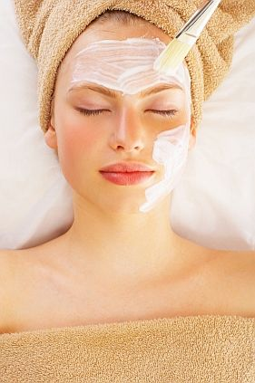 DIY - CREAMY LUXE MILK MASK FOR FROM DRY SKIN TO SILKY SOFT GLOW