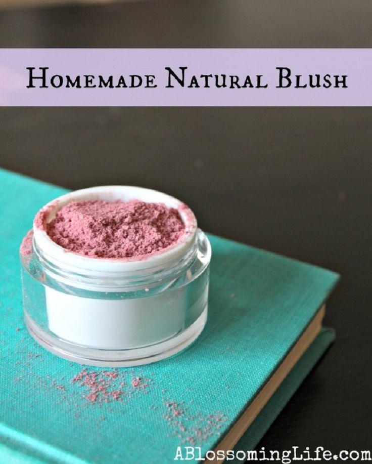 Homemade Natural Blush - 15 All Natural DIY Makeup Products | GleamItUp