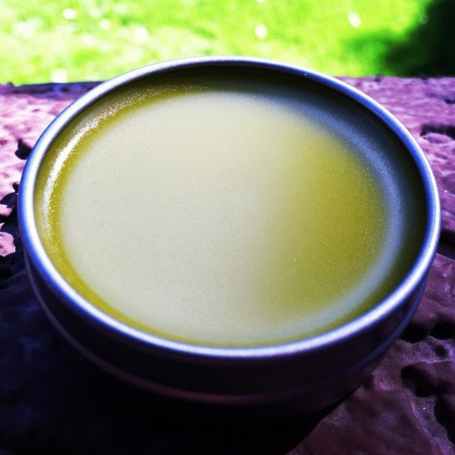 How to Make Comfrey Salve Recipe --- Comfrey is known for centuries and in ancie...