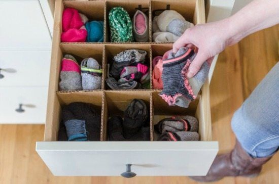Keep your clothes and accessories in line with these Bedroom Closet Storage Hack...