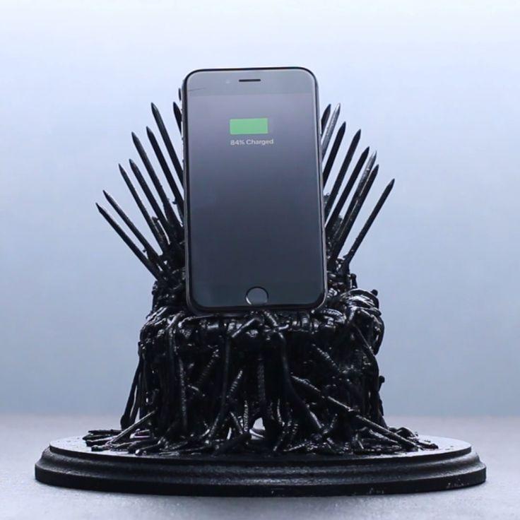 Best DIY Life Hacks & Crafts Ideas : Iron Throne Phone Dock