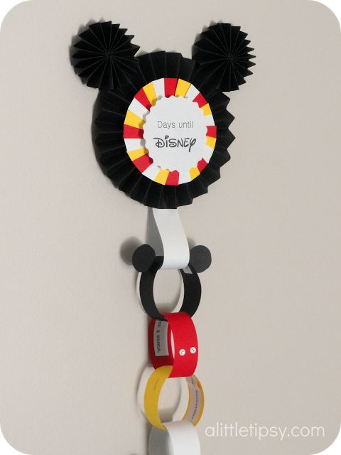 DIY Disney Countdown - tutorial with activity ideas for each loop in the chain