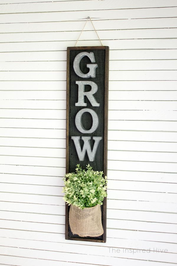 DIY wall planter. Perfect idea for the modern farmhouse kitchen! Tutorial on how...