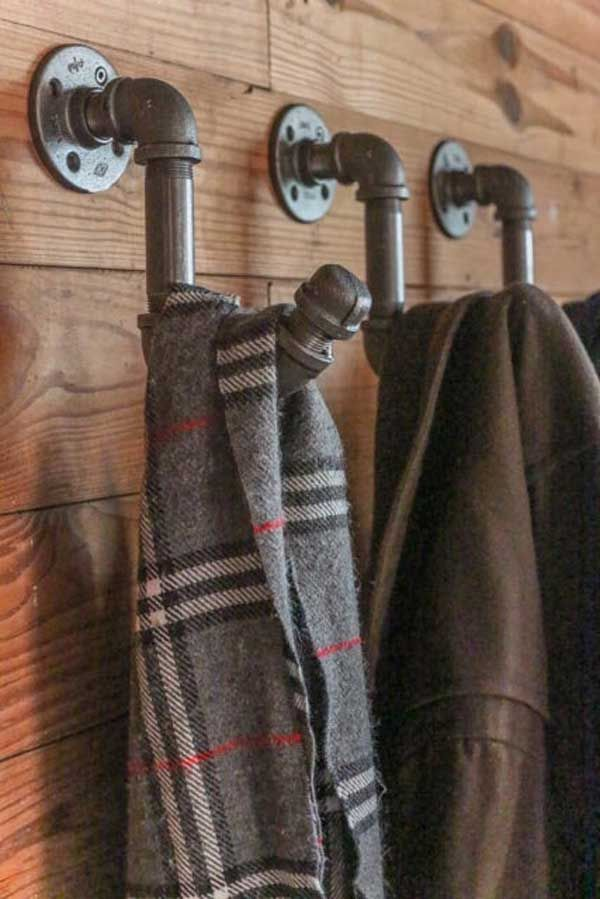 Diy Crafts Diy Industrial Pipe Coat Hook Visit Us For More Great