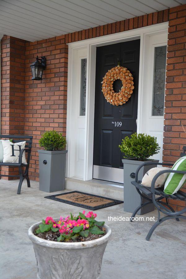 Diy Outdoor Decor Tutorial These Porch Planter Bo Are So Simple To