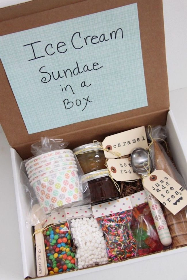 Ice Cream Sundae in a Box! - great gift idea for friends! ~ we ❤ this! moncher...
