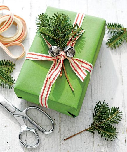 4 Crafts for Extra Christmas Tree Branches   Don't waste those extra branches...