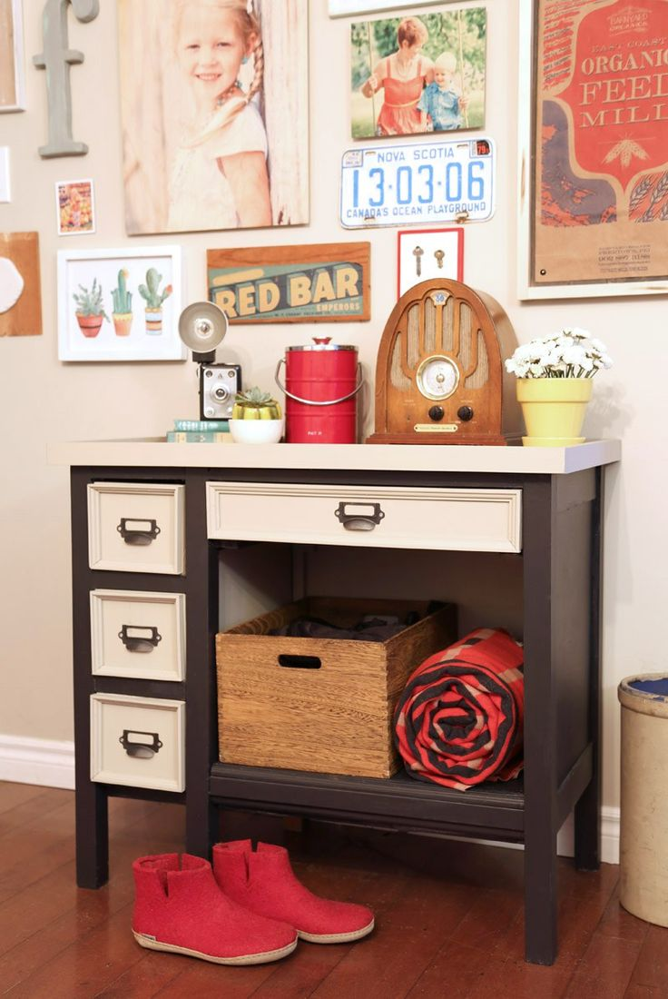 DIY old desk makeover, you should see the before!