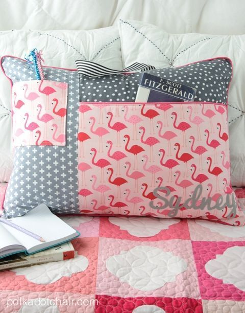 Study Pillow sewing patter from Project Teen  ...but make an even larger zippere...