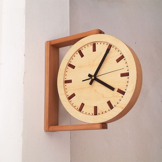 Side view wooden clock