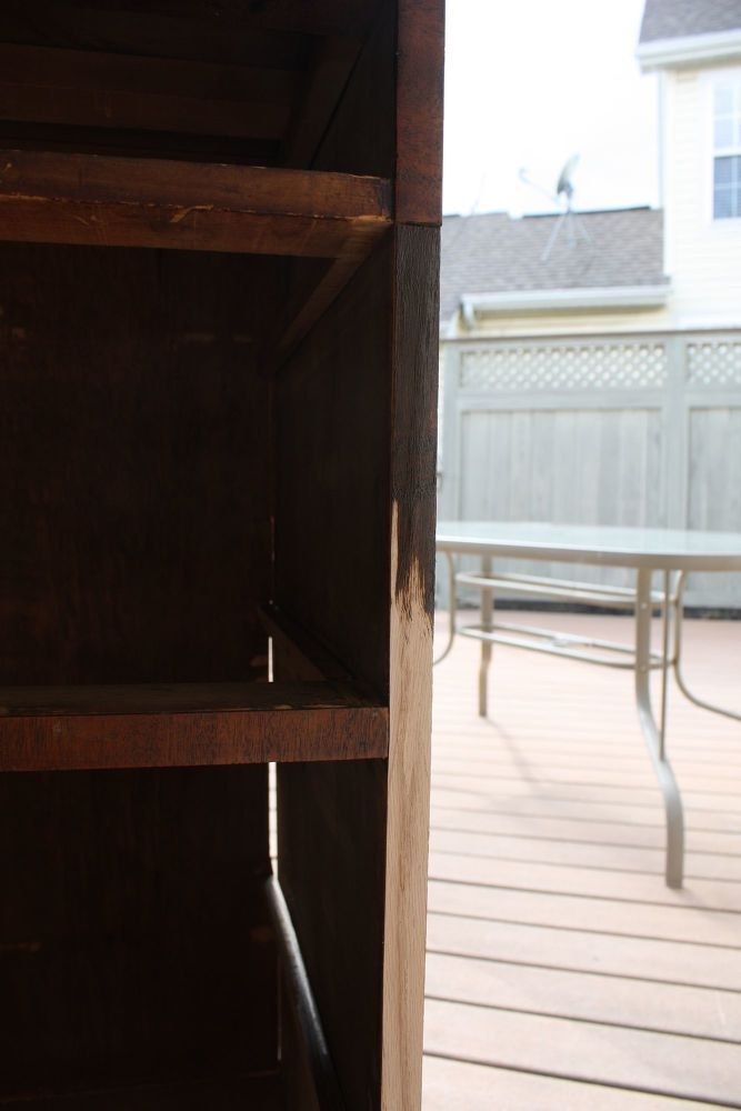 Easy furniture makeover trick! This little trick will make you pick up some thri...
