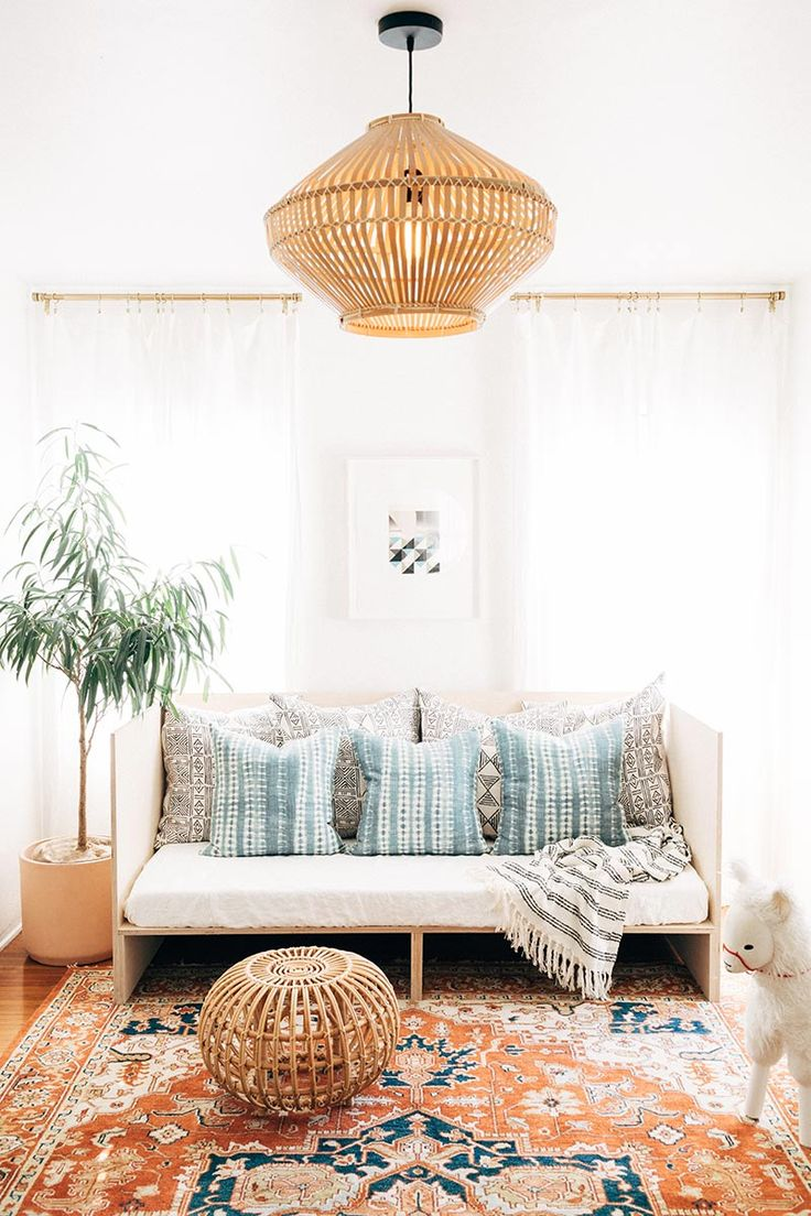 diy daybed – A House in the Hills