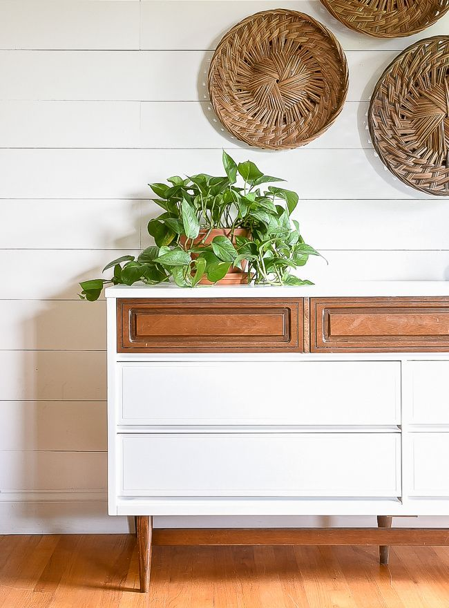A beautiful vintage Bassett dresser gets a fresh modern look with a high contras...