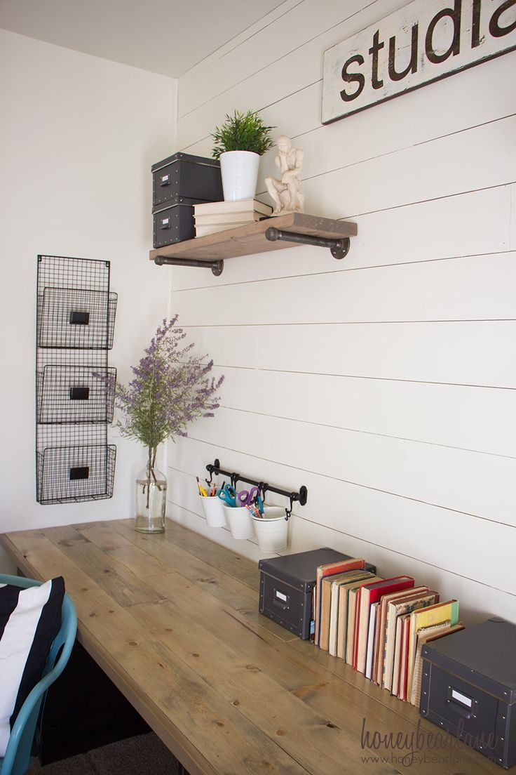 If you need a large desk to fill a space, here's the perfect solution: build...