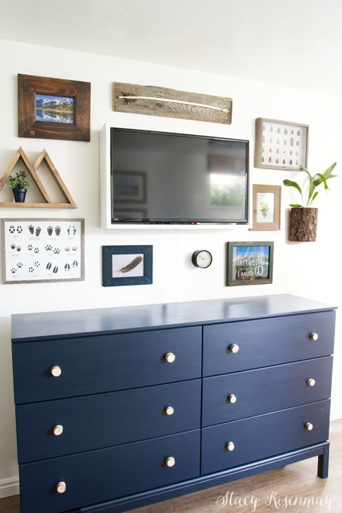 TV gallery wall for boys room #mountainroom #moutaintheme #sharedroom #sharedboy...