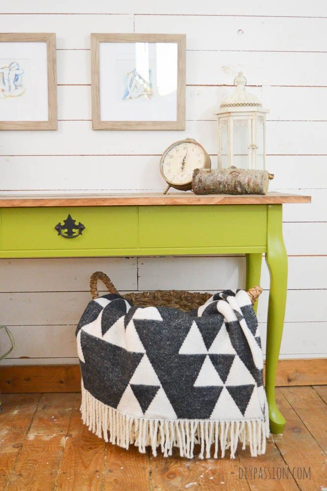 Harvest Themed Console Table with Reclaimed Wood Top