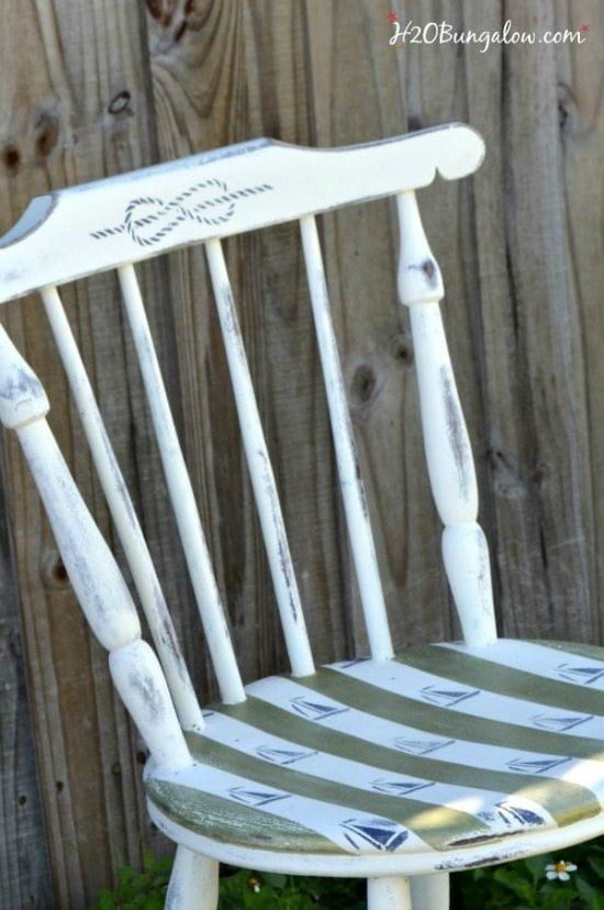nautical painted chair - Check out these 15 Nautical Furniture Flips - DIY furni...