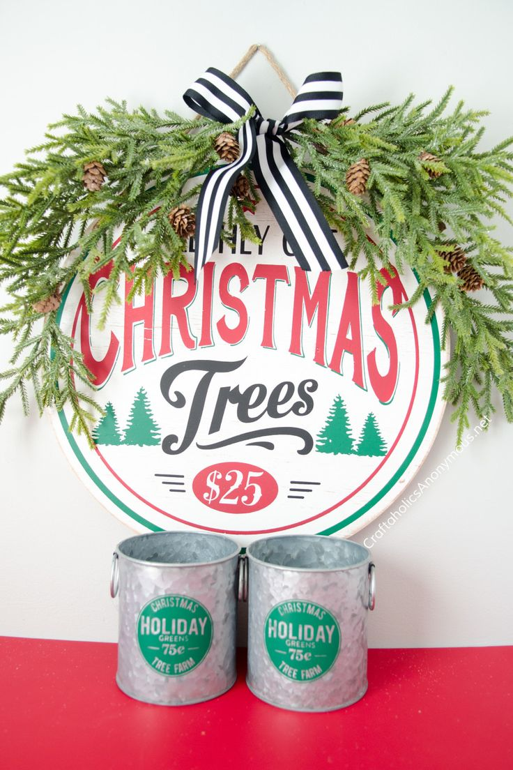 Diy Crafts Christmas Decor Vignette Vintage Farmhouse Christmas Sign Diy Idea Diyall Net Home Of Diy Craft Ideas Inspiration Diy Projects Craft Ideas How To S For