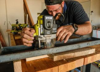 How To Make An Awesome 10 Minute Router Flattening Jig