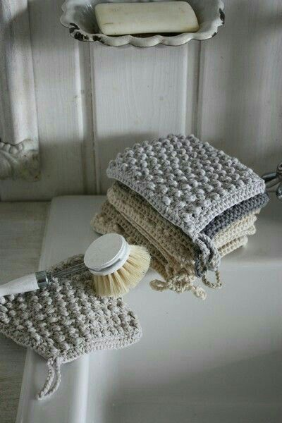 Knitted items to a zero waste life