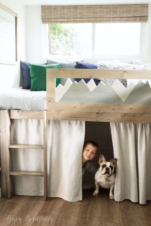 L Shaped Beds with storage #mountainroom #moutaintheme #sharedroom #sharedboyroo...