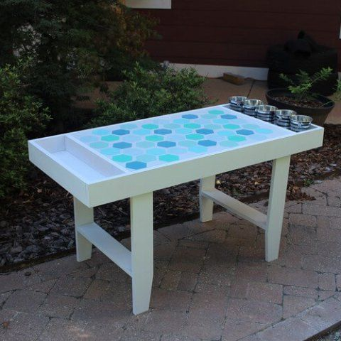 How to build a kids art table