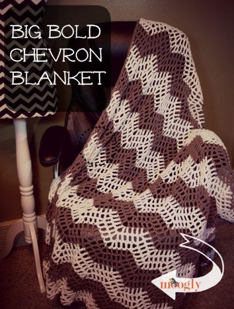 The Big Bold Chevron Blanket: free #crochet pattern for a fun summer weight blan...
