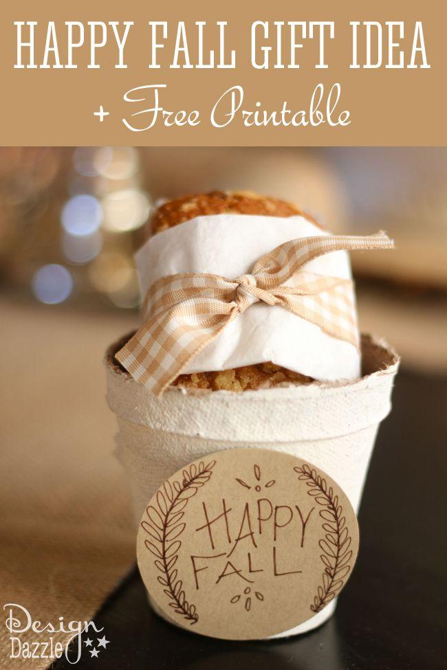 Happy Fall Gift idea + Free Printable tags from Design Dazzle #happyfall #fallgi...