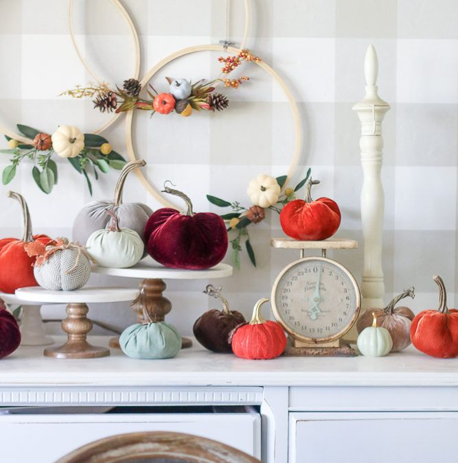 Lolly Faves, Weekly faves all in one place. #fall #christmas #book #favorties