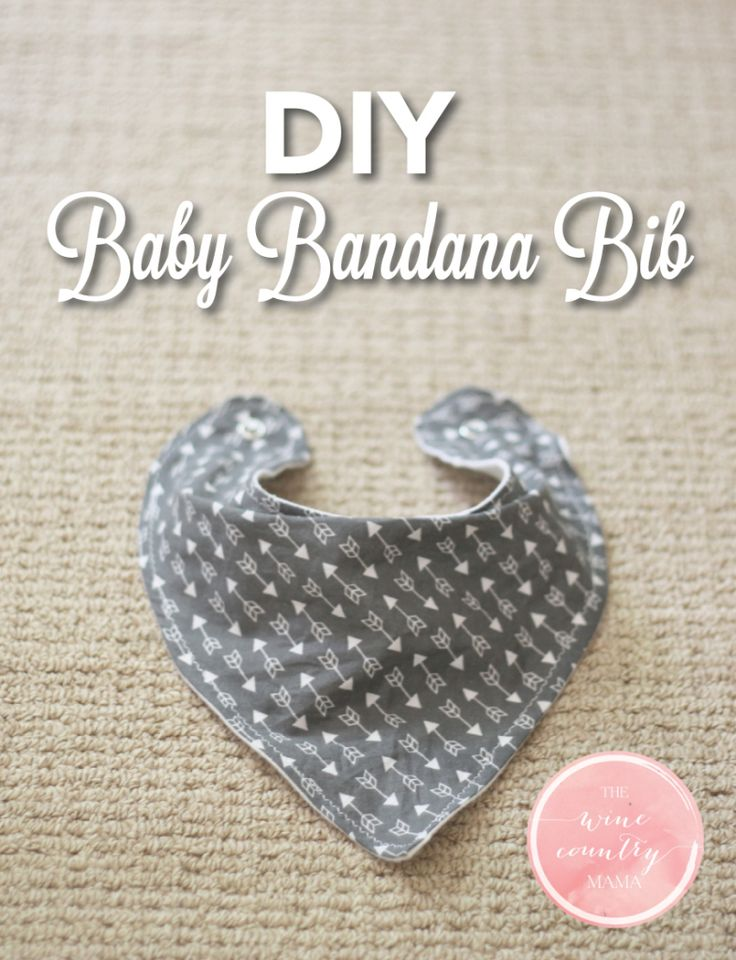 Use this free pattern and step-by-step guide to make an adorable baby bandana bi...