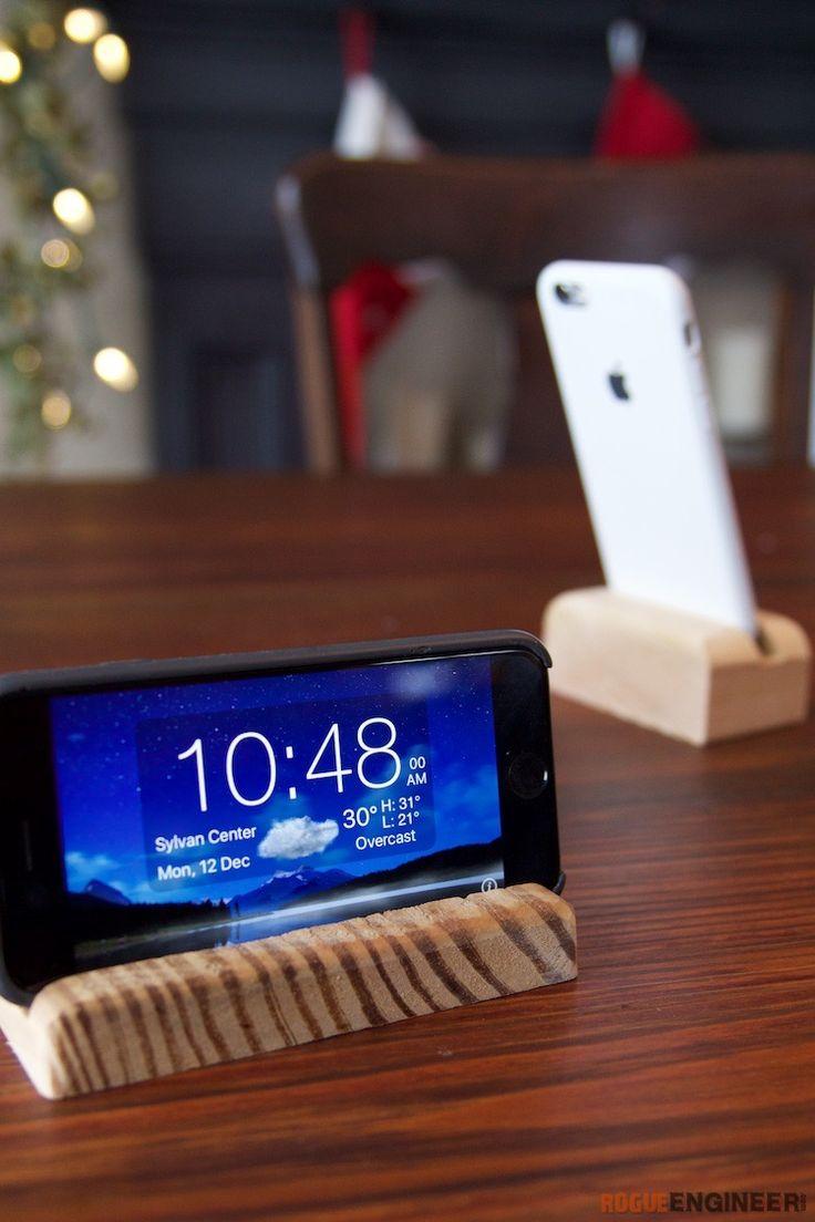 diy-phone-holder  Free Plans   rogueengineer.com #DiyPhoneHolder#BedroomDIYplans