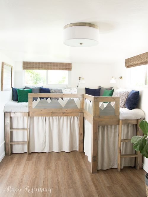 L shaped beds for shared room #mountainroom #moutaintheme #sharedroom #sharedboy...