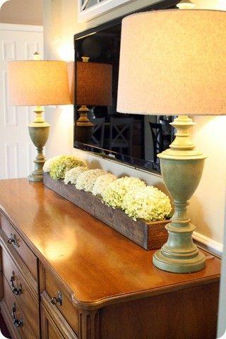 DIY TV stand Ideas : Long box of dried or faux hydrangeas
