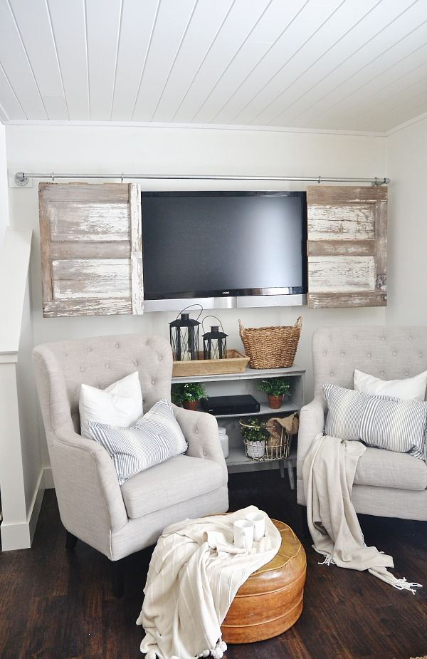 THE BEST WAY TO HIDE THOSE TV'S! A super simple industrial pipe sliding barn...