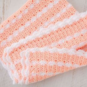 """""""Peaches & Cream"""" Crochet Baby Blanket Pattern Here's a tutorial to make t..."""