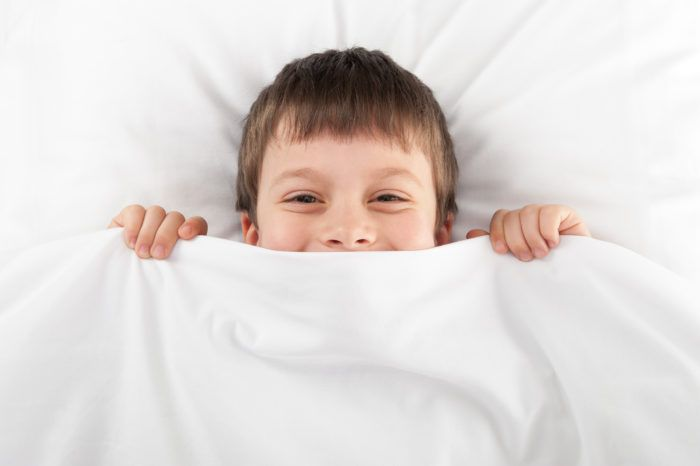 How to DIY A Weighted Blanket For Your Child With Autism via AutismlandPenny