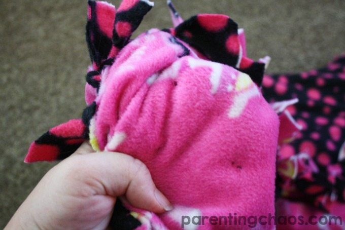 This simple weighted tie blanket is easy to make, easy to clean, and can grow wi...