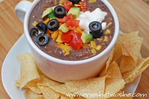 Delicious recipe for black bean soup that only takes ten minutes to prepare!