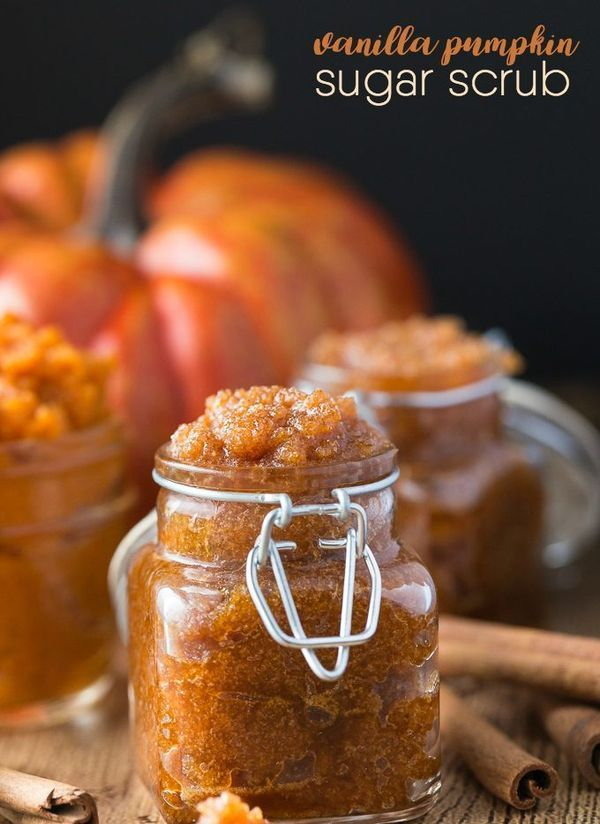 Vanilla Pumpkin Sugar Scrub Recipe - Got leftover pumpkin? Make this simple and ...