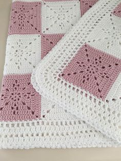 This pattern was designed for my niece as a wedding gift. I wanted a timeless ye...