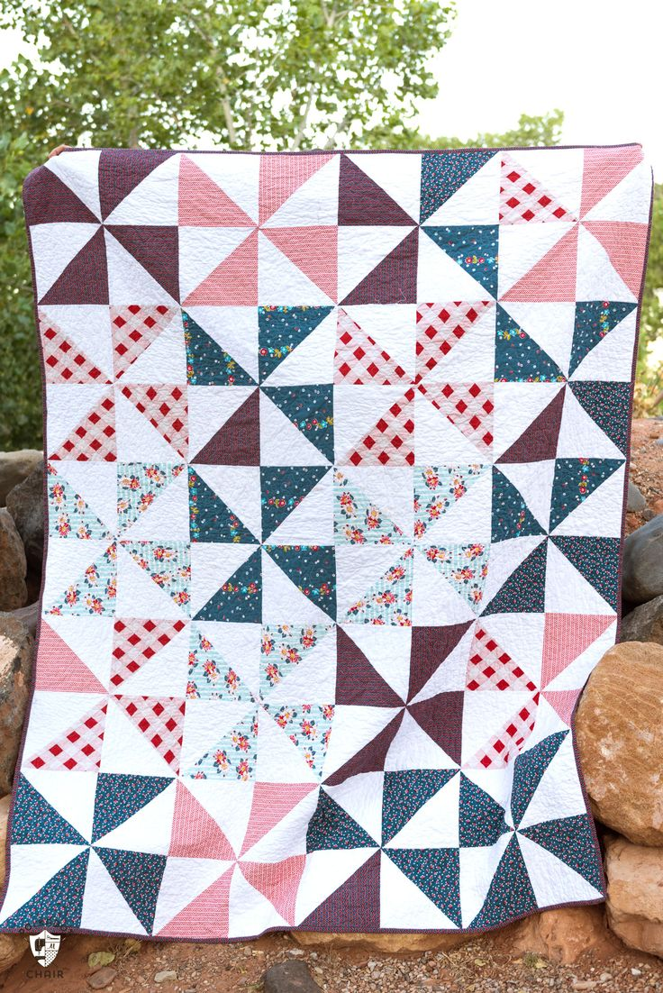 Summertime Pinwheel Quilt - so easy you can make it with a bunch of layer cakes ...