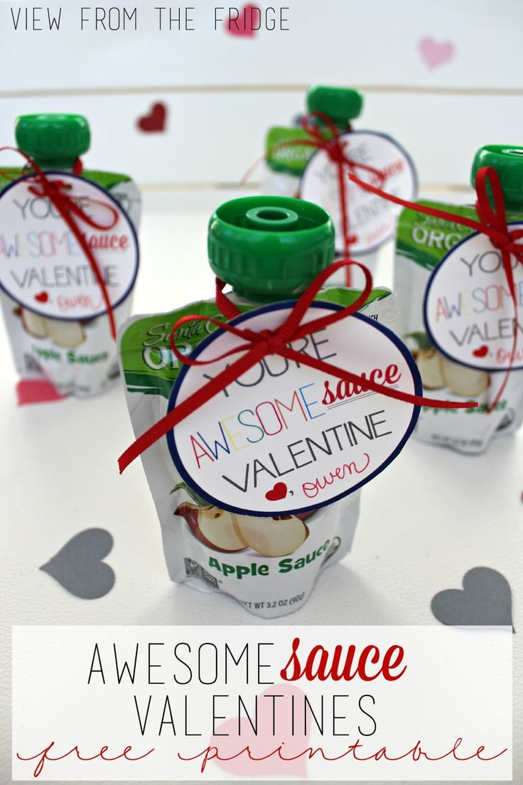 Applesauce 'AwesomeSAUCE' Free Printable Tags from View From The Fridge
