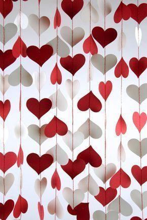 Cortina de corazones para decorar una fiesta de amor y amistad. #DecoracionAmorY...