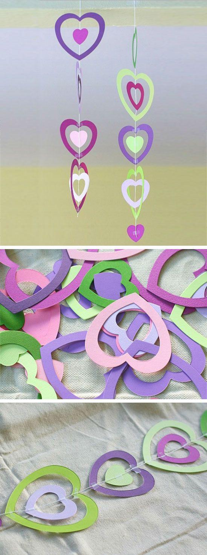 Paper Heart Mobile | DIY Valentines Crafts for School Parties | DIY Valentines C...