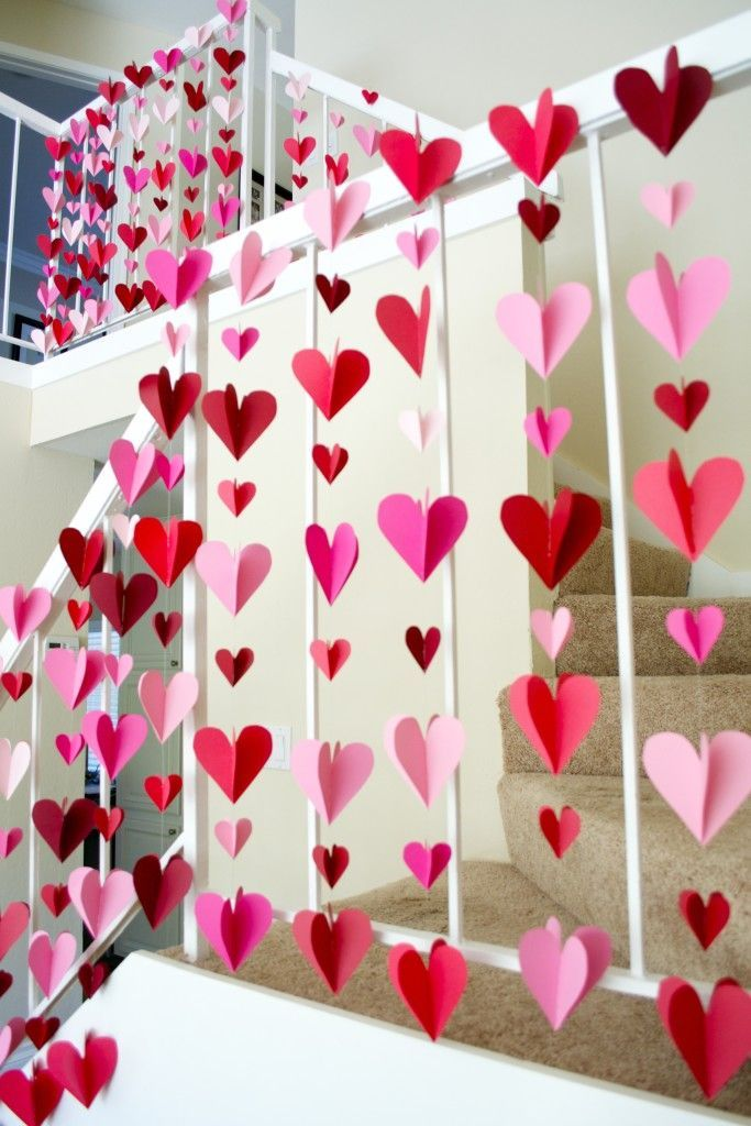 Using hearts as your wedding backdrop - for the ceremony or the photo booth. Eas...