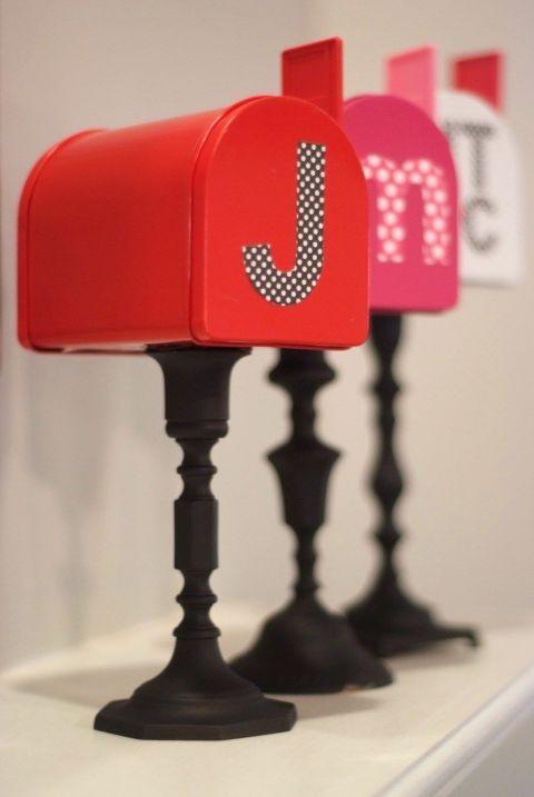 Valentine's Daysnail mail just got way better:This blogger's mailbox...